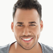 Romeo Santos domina la classifica degli album Tropical di Billboards.