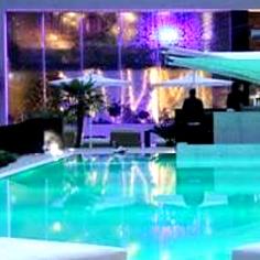 Freetime latinoall 39 aldil di caserta pool party caraibico for Piscina c era una volta in america caserta