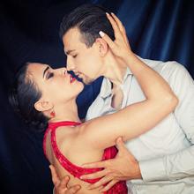 Simone Facchini e Gioia Abballe, il cuore dell'Italia del Tango batte per voi! Questa notte la finale di Tango Escenario a Buenos Aires
